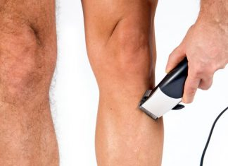 rasierte Männerbeine