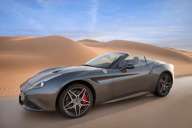 Ferrari California T grau