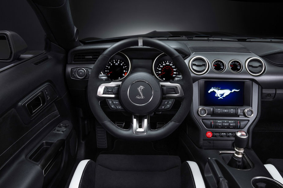 Ford Mustang Shelby GT 350 Cockpit