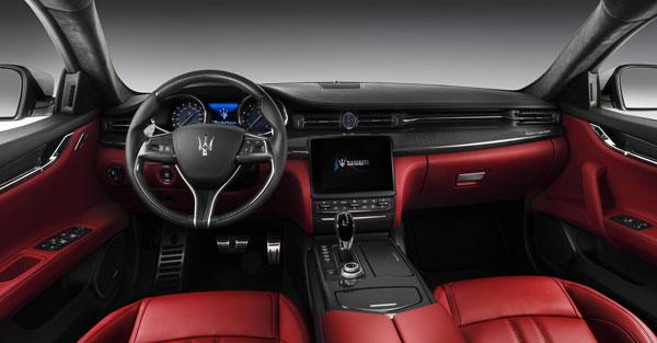 Maserati Quattroporte Cockpit