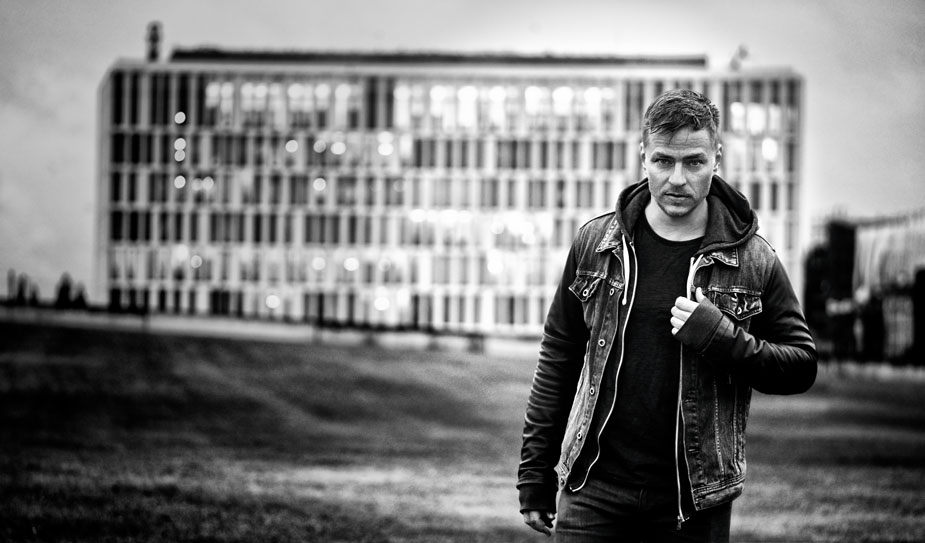 Tom Wlaschiha Shooting