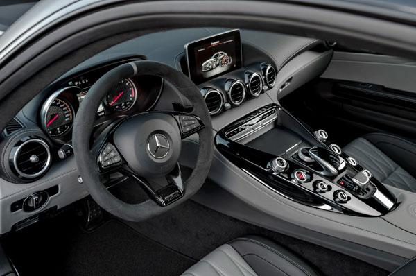 Mercedes AMG GT C Edition 50 Cockpit