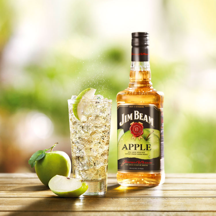 Jim Beam Apple & Tonic
