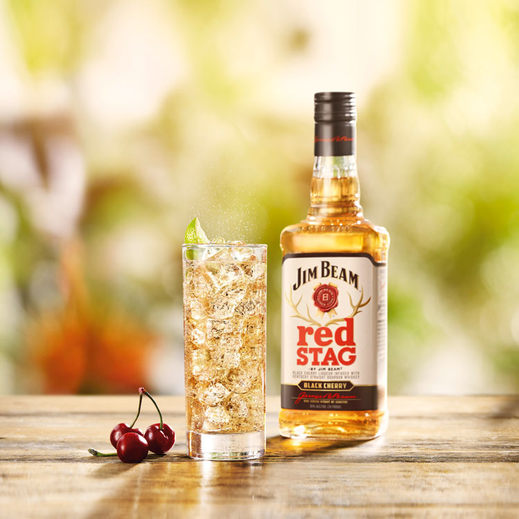 Jim Beam redStag & Ginger Ale