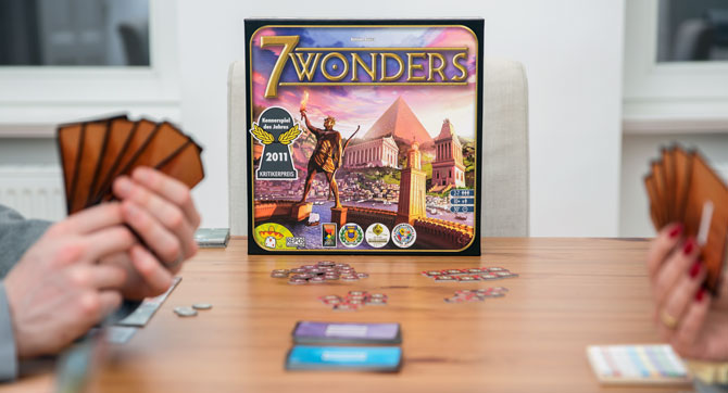 7 Wonders von Asmodee – Werde Bauherr auf dem Brett!