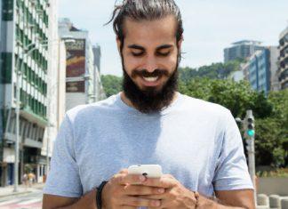 Fünf Dinge, die Männer mit dem Smartphone machen