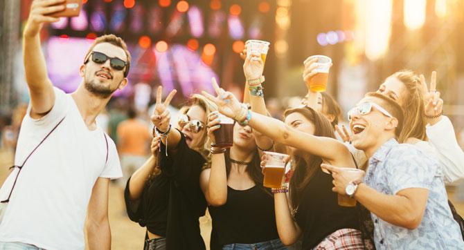 Mit diesen fünf nützlichen Gadgets wird dein nächstes Festival nicht nur musikalisch Bombe.