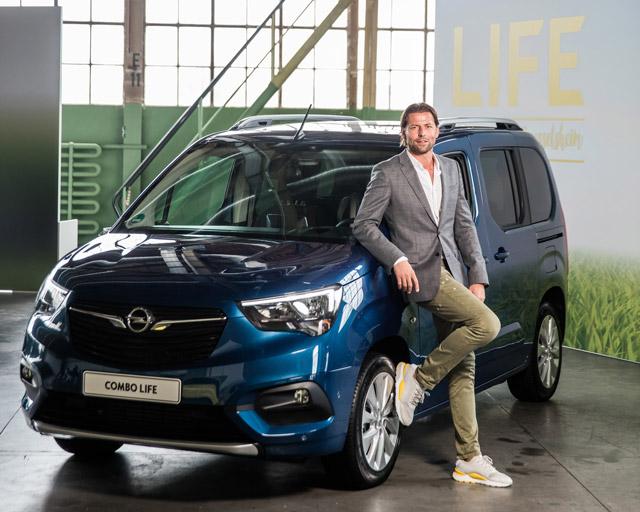 Roman Weidenfeller - Opel Combo