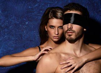 Schmutzige Sexspiele, die du unbedingt mal probieren solltest