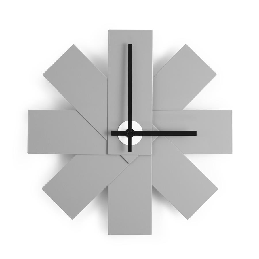 Designer-Geschenke: Normann Copenhagen Watch Me Wanduhr Grey
