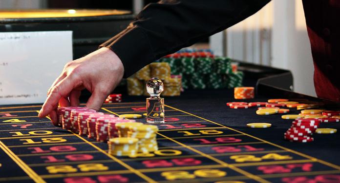 Arbeiten als Croupier: Der Traumberuf im Casino?