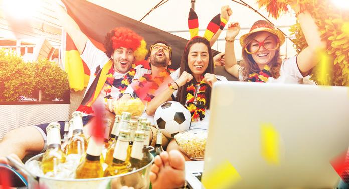 Fußball EM-Party im Garten organisieren - darauf solltest du achten
