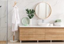Badezimmer neu einrichten: Tipps zum Kauf neuer Badmöbel