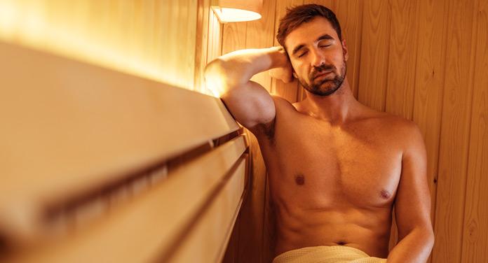 Saunabesuch – das sollte Mann dabei haben