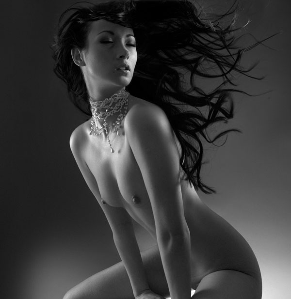 Model Akira Sun