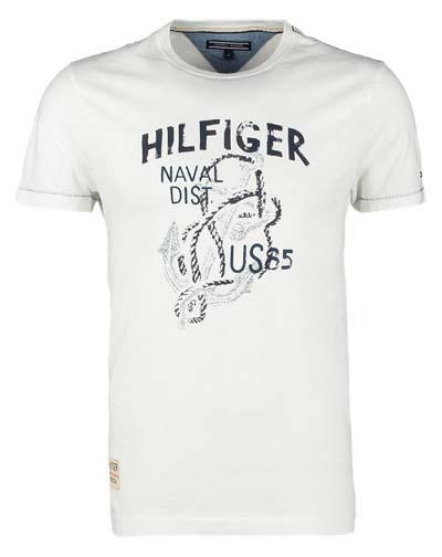 t-shirt-von-hilfiger