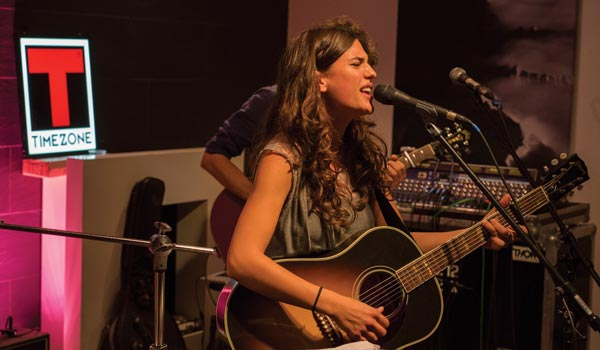 Timezone Real People Live Sessions - Anna F.