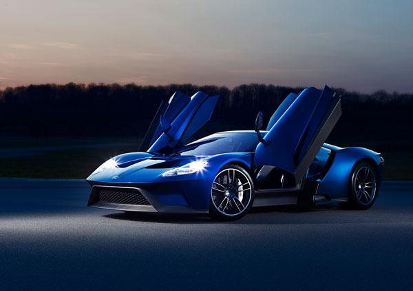 Der neue Ford GT Flügeltüren
