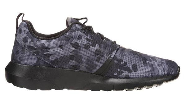 Nike Sportswear ROSHERUN NM FB - Sneaker - dark grey