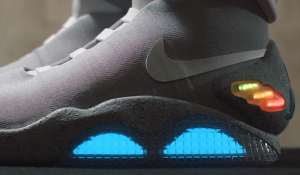 Die Beleuchtung darf beim neuen Nike Air Mag natürlich nicht fehlen.